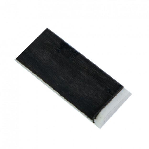 Puntera para arco de contrabajo hecha de hueso y cubierta en ébano