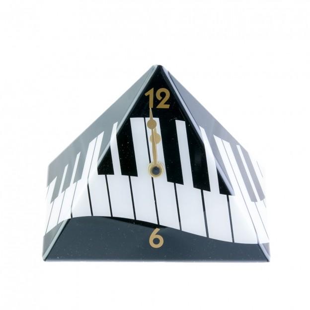 Reloj piramidal teclado de piano